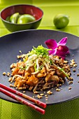 Pad Thai with prawns and bean sprouts (Thailand)