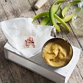 Selbstgemachter Mango-Senf mit Aceto balsamico und Chili