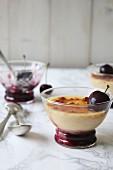 Crème brûlée with cherries