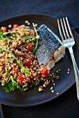 Wolfsbarschfilet mit Quinoa