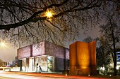 Bielefeld Kunsthalle, a museum for modern and contemporary art designed in 1968 by Philip Johnson