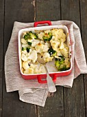 Cauliflower and broccoli bake with cream and mascarpone