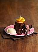 Moelleux au chocolat with oranges and vanilla ice cream