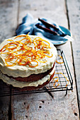Orange and poppyseed cake with yoghurt
