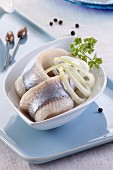 Herring fillets with onions