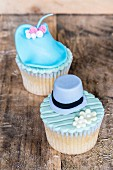 Cupcakes decorated with hats