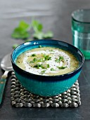 Pastinaken-Apfel-Suppe mit Curry