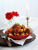 Braised pork meatballs with vegetables