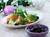 Smoked salmon with olives, dill and rocket