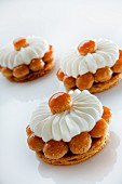 St. Honore cakes with honey