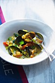 Mussel stew with vegetables