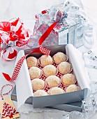 Baileys-Kokos-Konfekt zu Weihnachten
