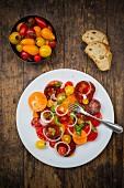 Heirloom tomato salad with onions