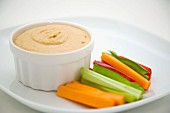 Hummus and vegetable sticks