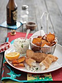 Breaded fish with sweet potato chips and Remoulade