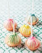 Stripped cake pops