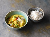 Vegan mango and coconut curry with plantains and peppers
