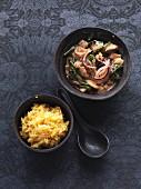 Veganes Wokgemüse mit Wakame-Algen und Maracuja-Reis