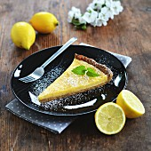 Lemon curd tart