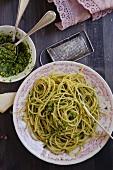 Spaghett mit Petersilienpesto