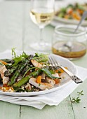 Chicken fillet with fried asparagus