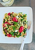 Orzo salad with grape tomatoes, asparagus and parsley