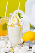 Frozen yoghurt with lemon syrup