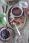 Heidelbeer-Holundertörtchen & Holunderbeergelee mit Kakao