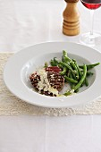 Grilled steak with horseradish and green beans