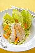 Salat mit Hühnerbrust und Orangen