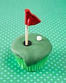 A golf cupcake