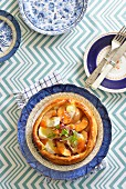 Brie tartlet with peach