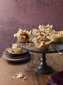 Crispy lentil cakes with hazelnuts