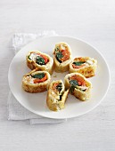 Pancake rolls filled with vegetables