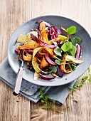 Carrot salad with red onions
