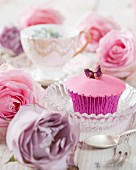 Cupcake with rose topping