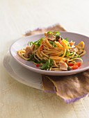 Spaghettini with tuna and rocket