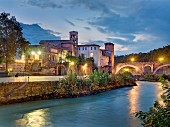 A bridge to Tiber Island, Ponte Fabricio, Rome