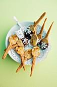 Shortcrust pastry spoons