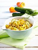 Gurken-Paprika-Salat aus dem Glas