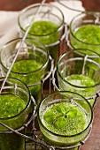 Green lamb's lettuce lemonade