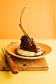 Braised knuckle of lamb with vanilla served with apple and parsnip purée