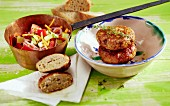 Andalusian vegetable salad with turkey burgers