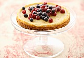Cheesecake with raspberries and blueberries