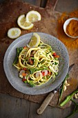 Vegan courgette spaghetti with cashew nut sauce