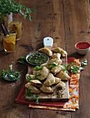 Empanadas mit Chimichurrysauce