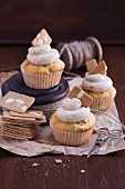 Baked apple cupcakes with Spekulatius (German Christmas shortcrust biscuits)