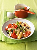 Pasta with sheep's cheese, tomatoes and olives