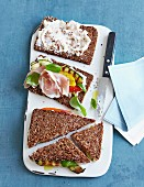 Mediterranean tramezzini with wholemeal bread, ham and vegetables