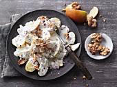 Herbstlicher Kartoffelsalat mit Walnüssen & Äpfeln